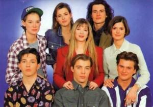 hélène et les garçons look années 90