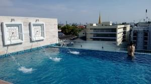 chillax piscine bangkok