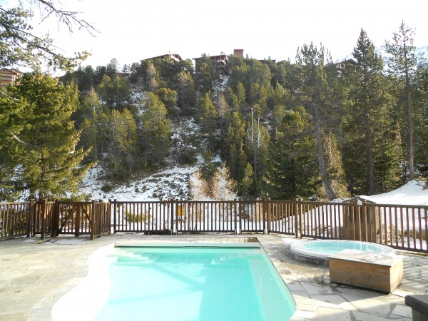 piscine extérieur arcs 950